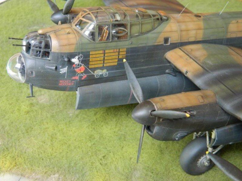 Avro Lancaster Mk.III - Tamiya 1/48 - Par fombec6 - Fini. - Page 7 Lanc_382