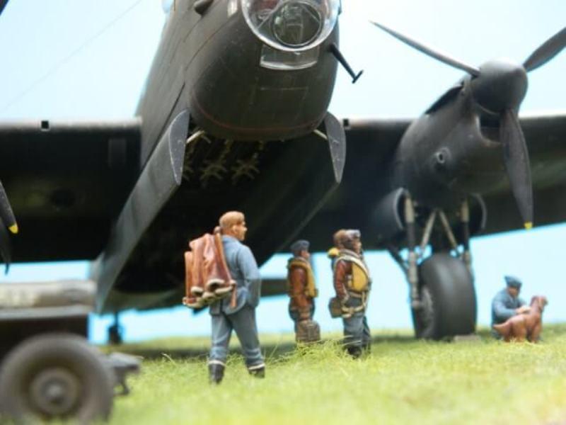 Avro Lancaster Mk.III - Tamiya 1/48 - Par fombec6 - Fini. - Page 7 Lanc_385