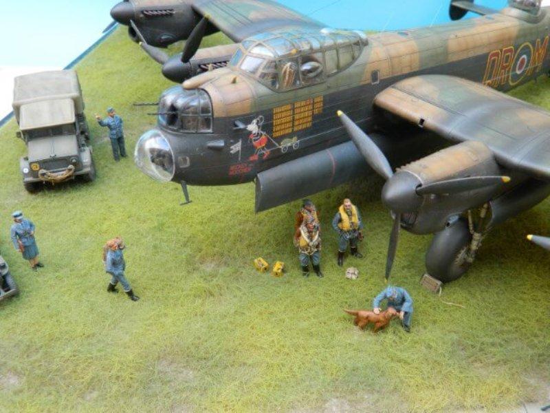 Avro Lancaster Mk.III - Tamiya 1/48 - Par fombec6 - Fini. - Page 7 Lanc_394