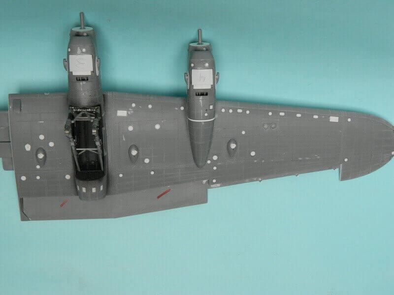 Avro Lancaster Mk.III - Tamiya 1/48 - Par fombec6 - Fini. - Page 3 Lanc_915