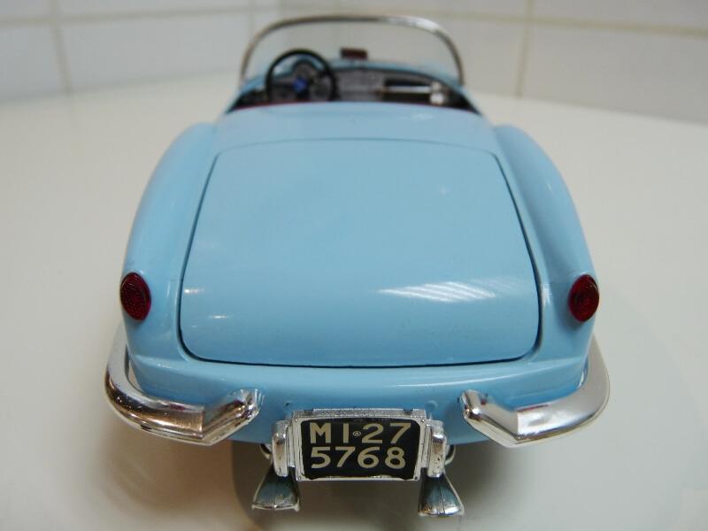 Lancia Aurélia B24 Spider bleu - 1955 - BBurago 1/18 ème Lancia20
