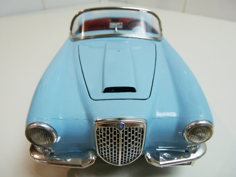 Lancia Aurélia B24 Spider bleu - 1955 - BBurago 1/18 ème Lancia23