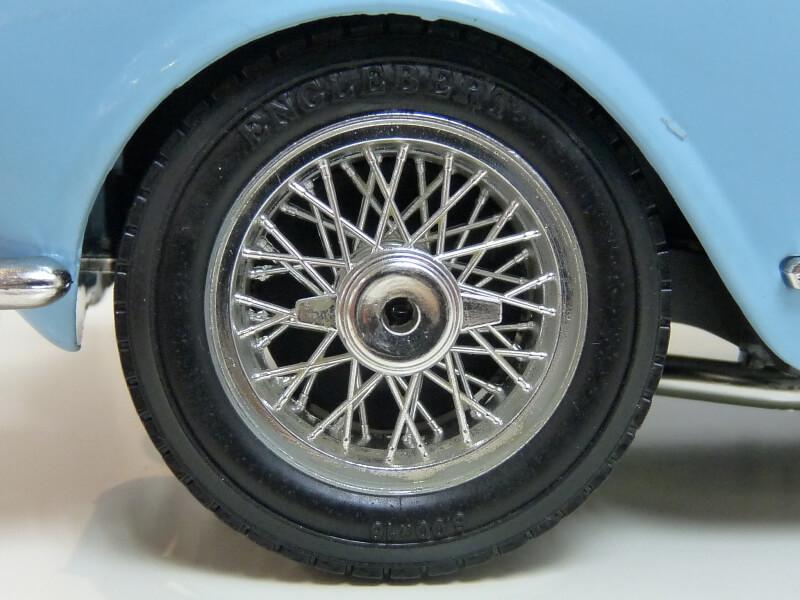 Lancia Aurélia B24 Spider bleu - 1955 - BBurago 1/18 ème Lancia30