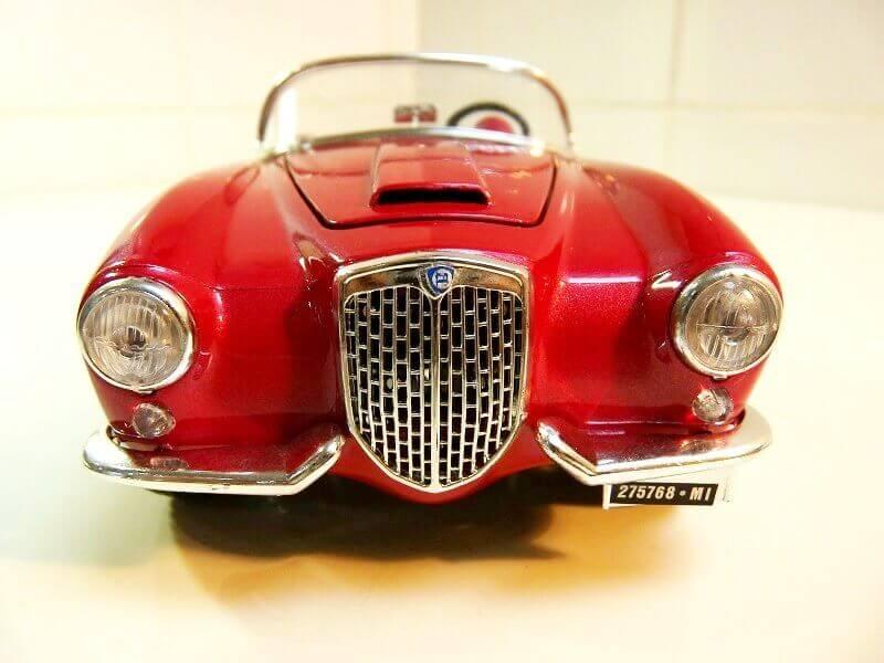 Lancia Aurélia B24 Spider rouge - 1955 - BBurago 1/18ème Lancia34
