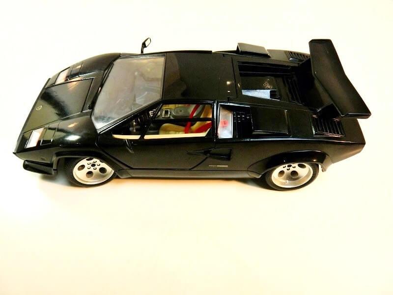 Lamborghini Countach 5000S - 1988 - Bburago 1/18 ème Lc500010