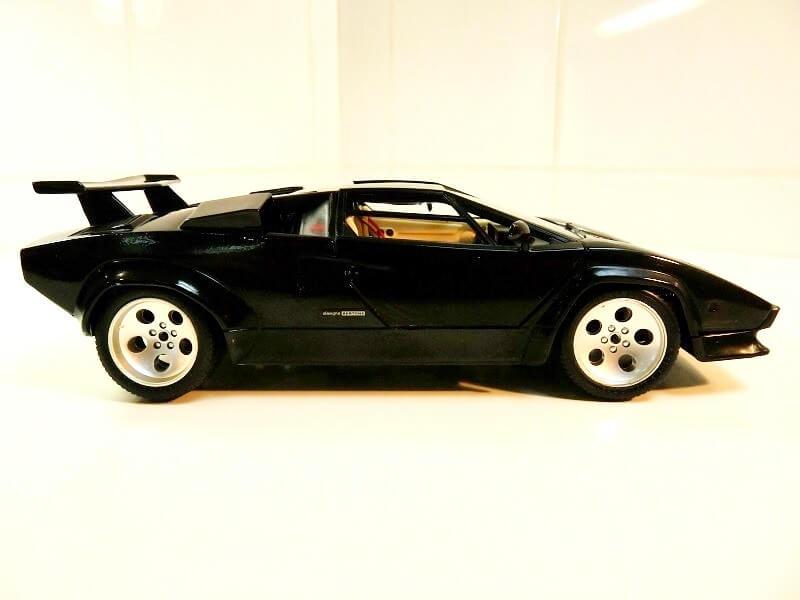 Lamborghini Countach 5000S - 1988 - Bburago 1/18 ème Lc500012
