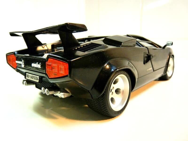 Lamborghini Countach 5000S - 1988 - Bburago 1/18 ème Lc500014