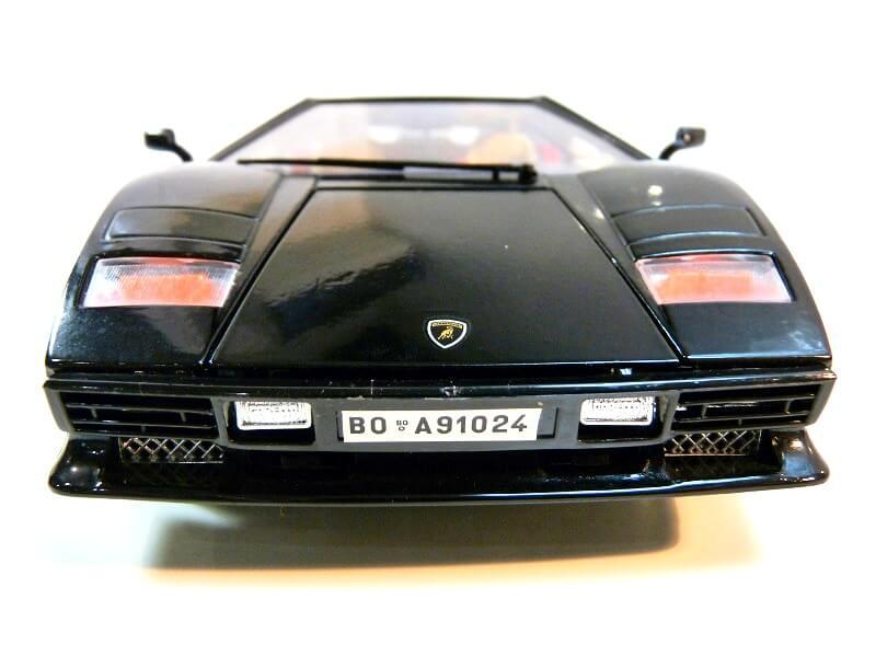 Lamborghini Countach 5000S - 1988 - Bburago 1/18 ème Lc500015