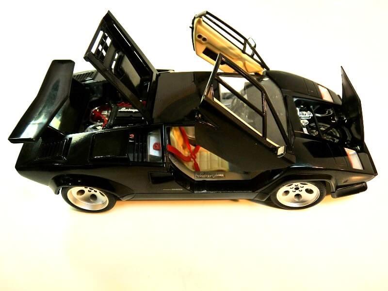 Lamborghini Countach 5000S - 1988 - Bburago 1/18 ème Lc500016