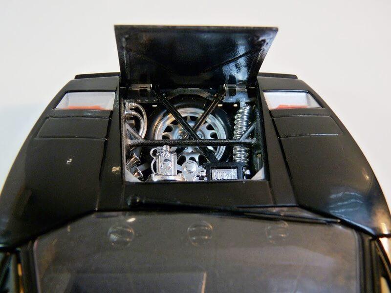 Lamborghini Countach 5000S - 1988 - Bburago 1/18 ème Lc500018