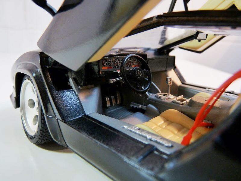 Lamborghini Countach 5000S - 1988 - Bburago 1/18 ème Lc500019