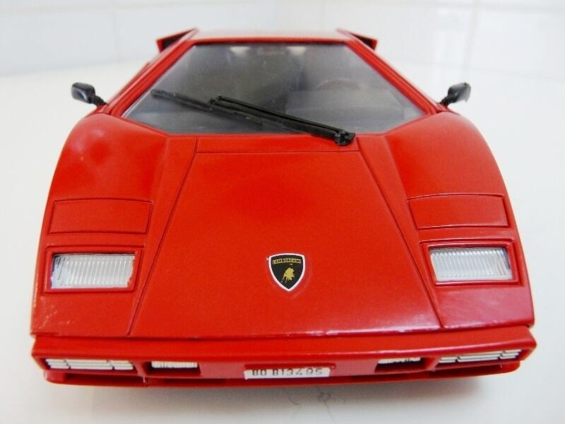 Lamborghini Countach LP 5000 QuattroValvole - 1983 - Tonka Polistil 1/18 ème Lclp_515