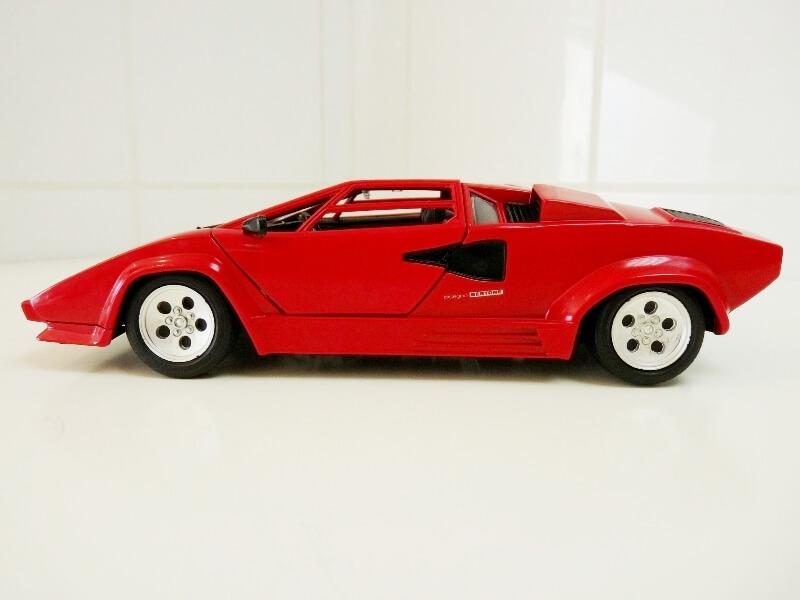 Lamborghini Countach LP 5000 QuattroValvole - 1983 - Tonka Polistil 1/18 ème Lclp_520