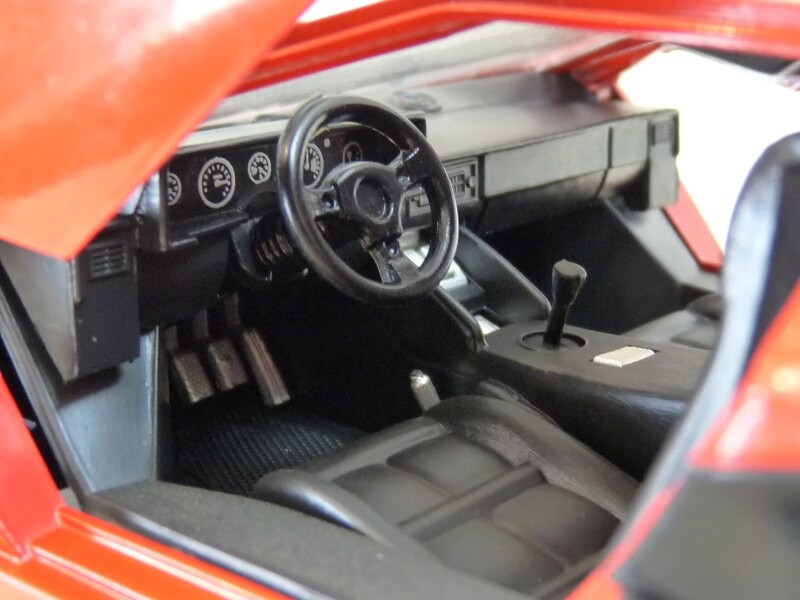 Lamborghini Countach LP 5000 QuattroValvole - 1983 - Tonka Polistil 1/18 ème Lclp_526