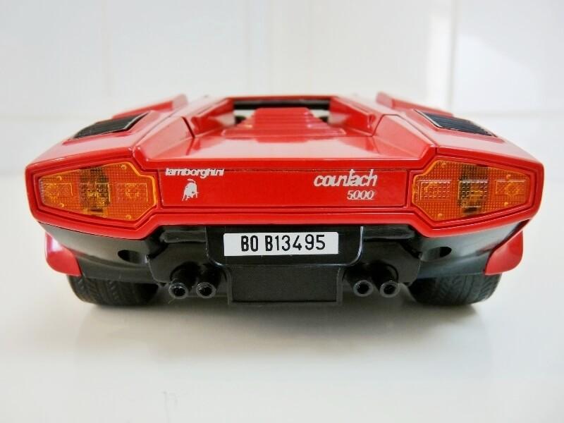 Lamborghini Countach LP 5000 QuattroValvole - 1983 - Tonka Polistil 1/18 ème Lclp_528
