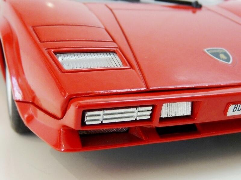 Lamborghini Countach LP 5000 QuattroValvole - 1983 - Tonka Polistil 1/18 ème Lclp_529