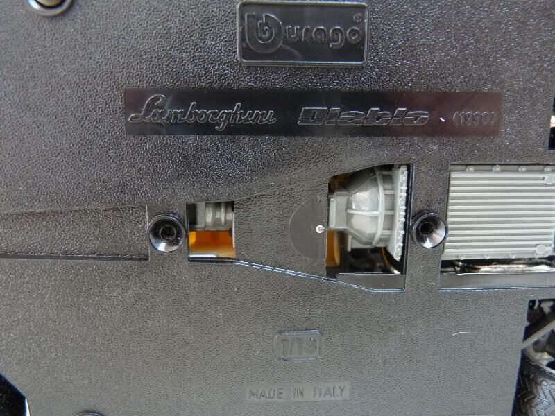 Lamborghini Diablo - 1990 - BBurago 1/18 ème Ldiabl15