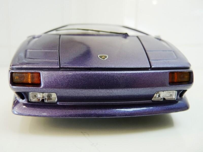 Lamborghini Diablo - 1990 - BBurago 1/18 ème Ldiabl16