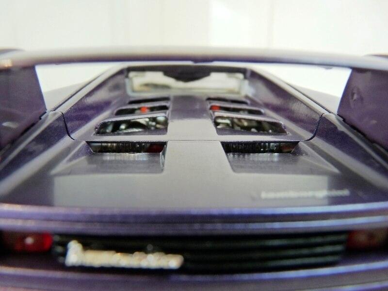 Lamborghini Diablo - 1990 - BBurago 1/18 ème Ldiabl21