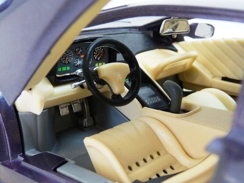 Lamborghini Diablo - 1990 - BBurago 1/18 ème Ldiabl25