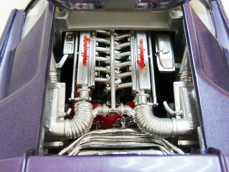 Lamborghini Diablo - 1990 - BBurago 1/18 ème Ldiabl28