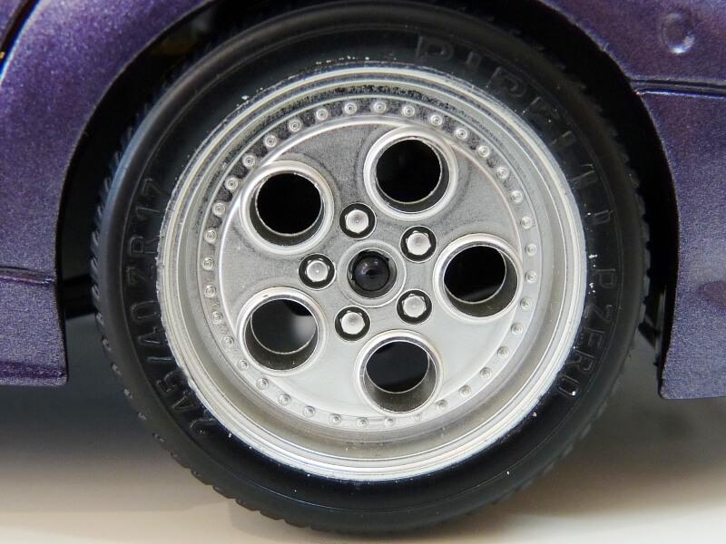 Lamborghini Diablo - 1990 - BBurago 1/18 ème Ldiabl29