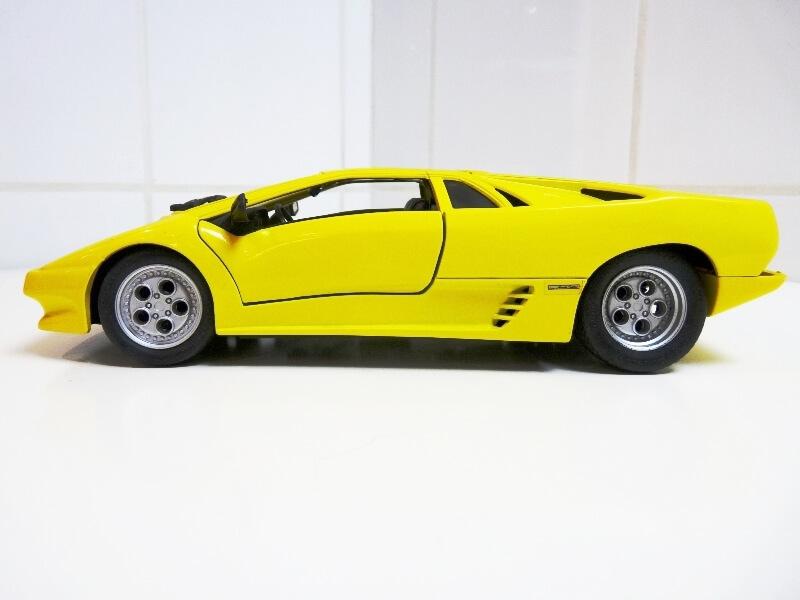 Lamborghini Diablo - 1990 - Première Edition - Maisto 1/18 ème Ldiabl33