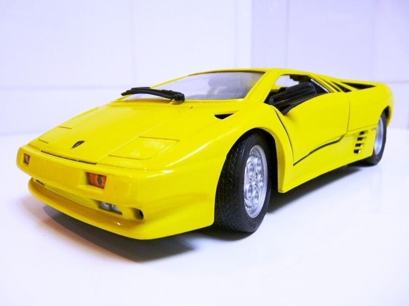 Lamborghini Diablo - 1990 - Première Edition - Maisto 1/18 ème Ldiabl34