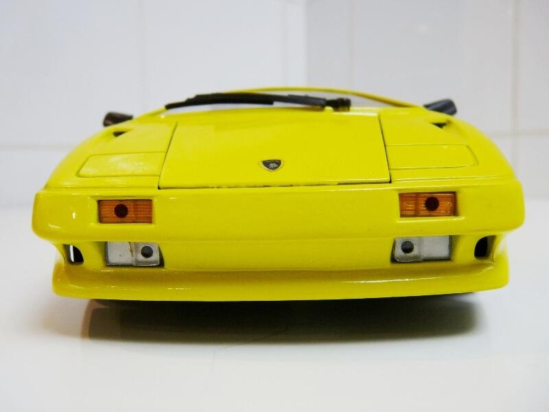 Lamborghini Diablo - 1990 - Première Edition - Maisto 1/18 ème Ldiabl35
