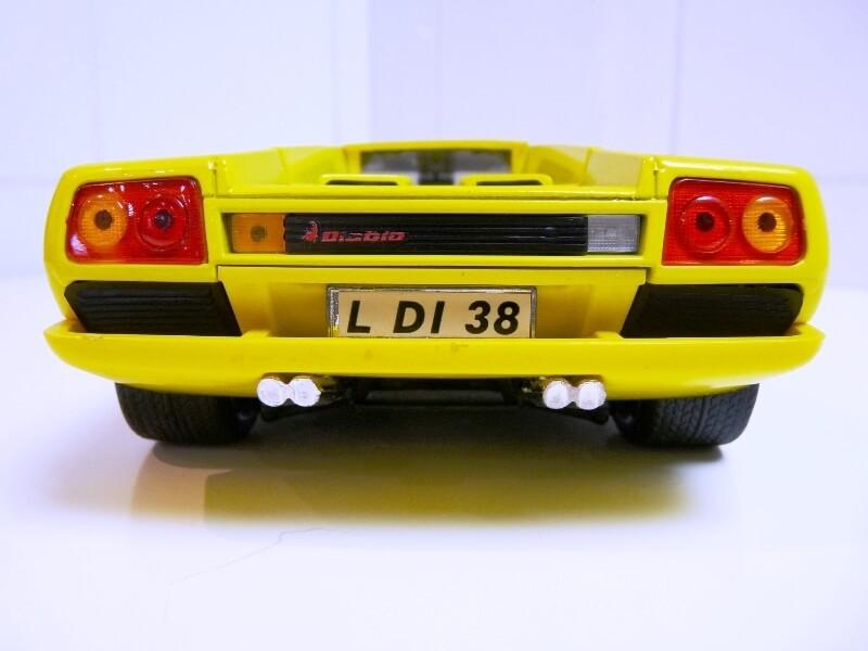 Lamborghini Diablo - 1990 - Première Edition - Maisto 1/18 ème Ldiabl38