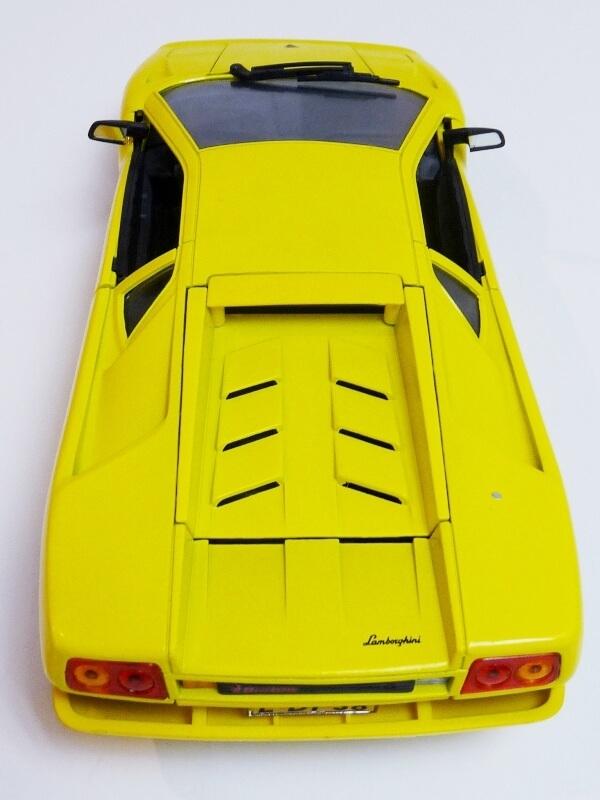 Lamborghini Diablo - 1990 - Première Edition - Maisto 1/18 ème Ldiabl42