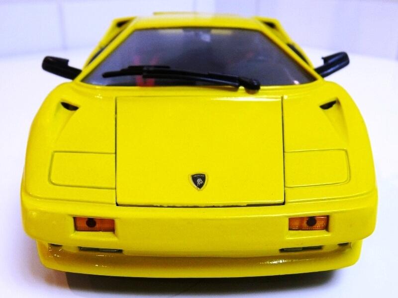 Lamborghini Diablo - 1990 - Première Edition - Maisto 1/18 ème Ldiabl49