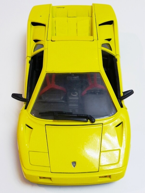 Lamborghini Diablo - 1990 - Première Edition - Maisto 1/18 ème Ldiabl50