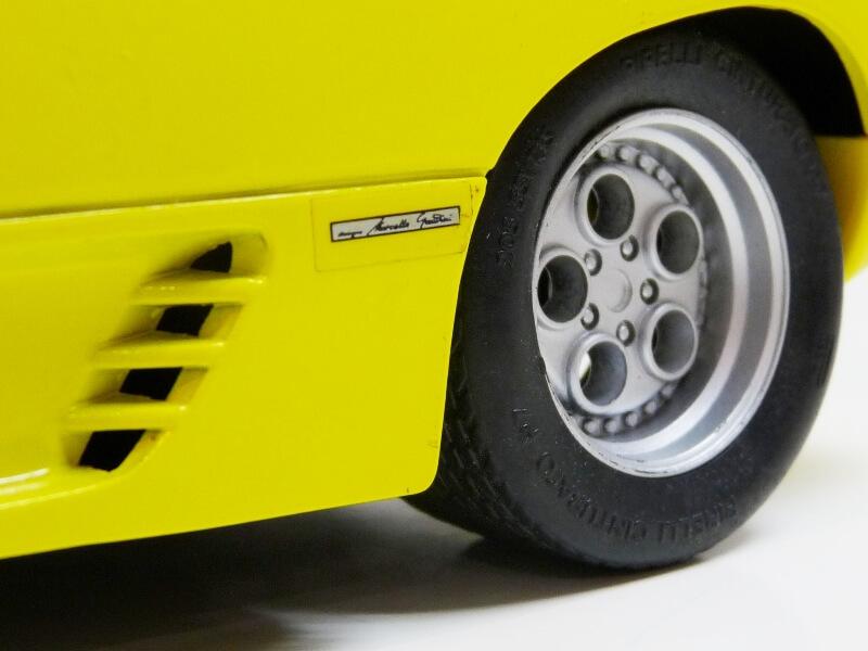 Lamborghini Diablo - 1990 - Première Edition - Maisto 1/18 ème Ldiabl53