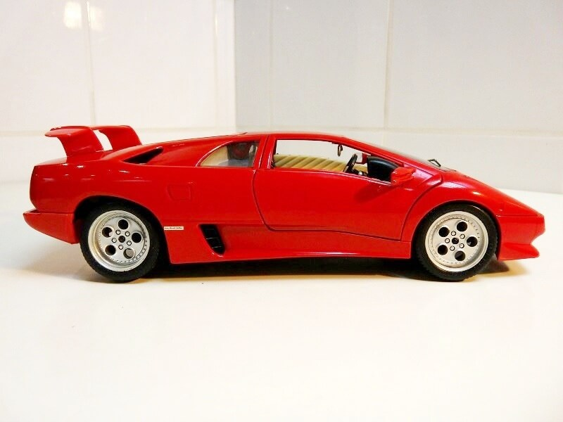 Lamborghini Diablo VT - 1996 - Bburago 1/18 ème Ldvt1911