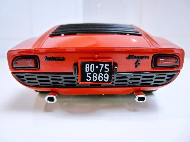 Lamborghini Miura 400S - 1970 - Polistil 1/18ème Lm400s18