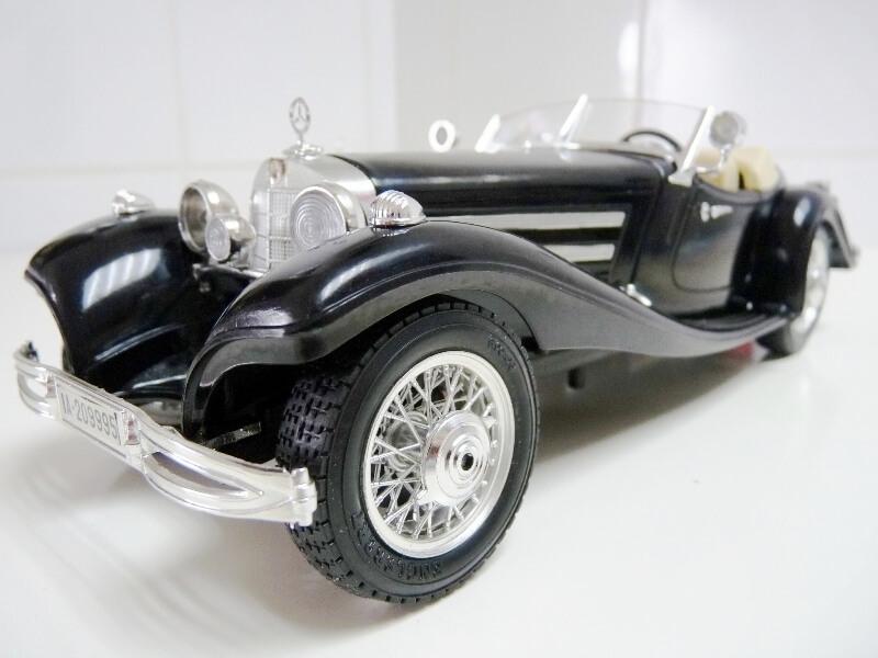 Mercedes Benz 500 K Roadster - 1936 - BBurago 1/18 ème M500kr11