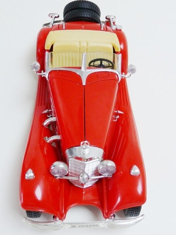 Mercedes Benz 500 K Roadster - 1936 - BBurago 1/18 ème M500kr17