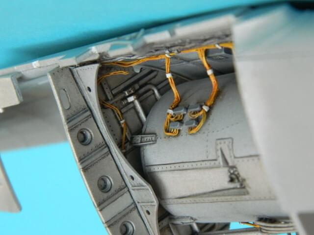 Messerschmitt 262 A 1a - Trumpeter 1/32 - Par fombec - Fini Ma004510