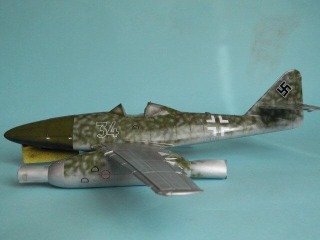 Messerschmitt 262 A 1a - Trumpeter 1/32 - Par fombec - Fini Ma011510