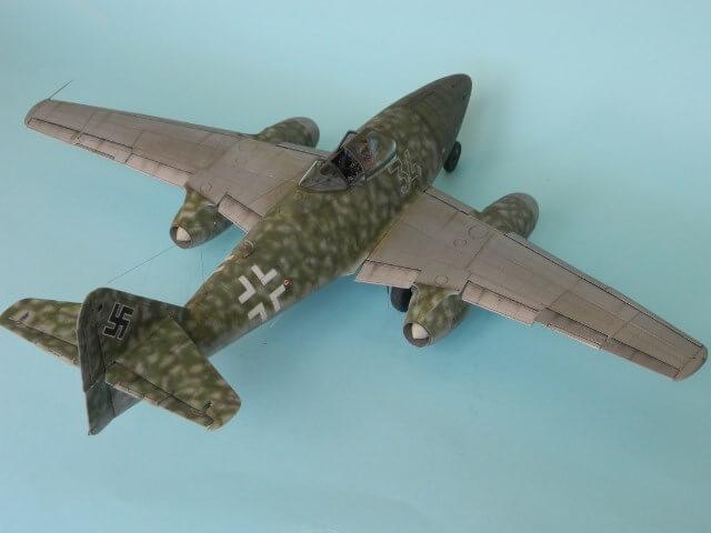 Messerschmitt 262 A 1a - Trumpeter 1/32 - Par fombec - Fini Ma012610