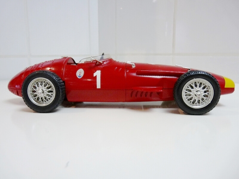 Maserati 250 F - 1955 - Tonka Polistil 1/19 ème Masera23
