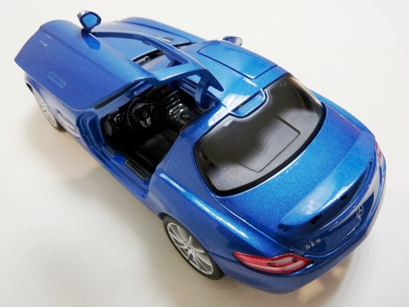 Mercedes SLS AMG GT 6.3 litres Final Edition - 2014 - Maisto 1/18 ème Merce102