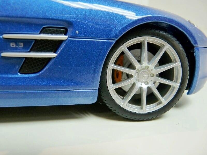 Mercedes SLS AMG GT 6.3 litres Final Edition - 2014 - Maisto 1/18 ème Merce104