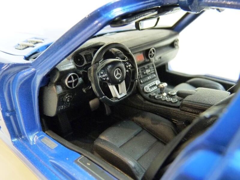 Mercedes SLS AMG GT 6.3 litres Final Edition - 2014 - Maisto 1/18 ème Merce106