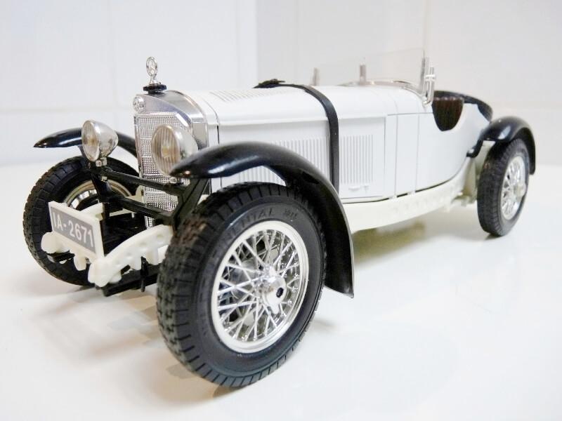 Mercedes Benz SSK - 1928 - BBurago 1/18ème Merced10