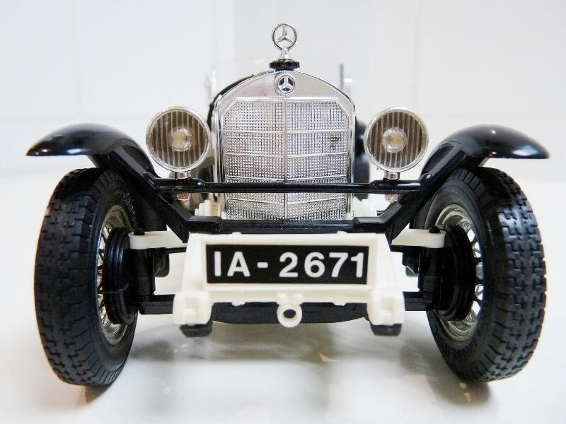 Mercedes Benz SSK - 1928 - BBurago 1/18ème Merced12