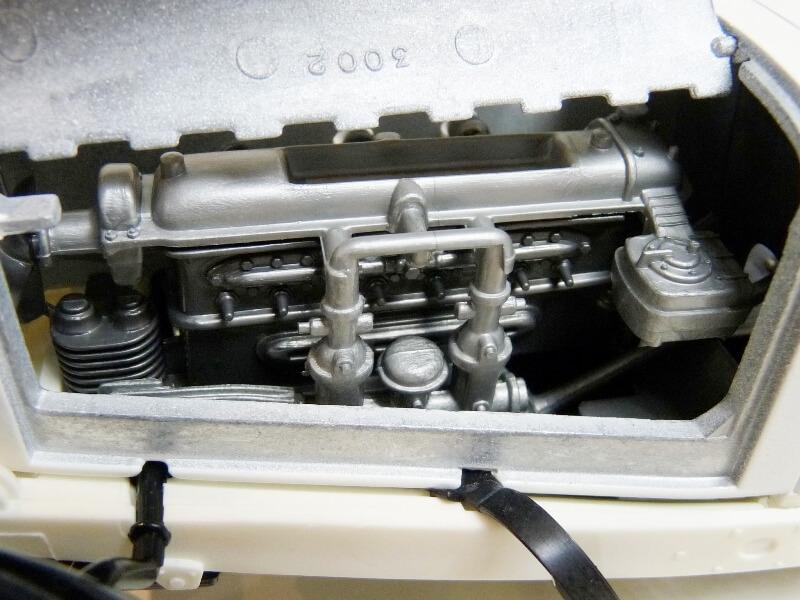 Mercedes Benz SSK - 1928 - BBurago 1/18ème Merced26