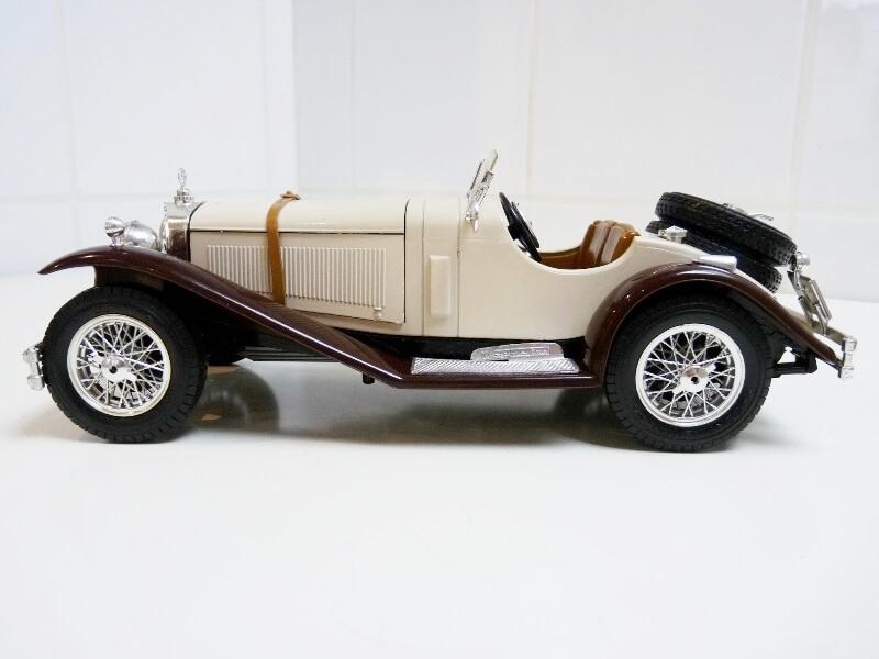 Mercedes Benz SSKL - 1928 - BBurago 1/18 ème Merced28