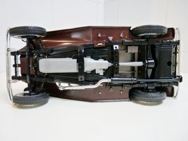 Mercedes Benz SSKL - 1928 - BBurago 1/18 ème Merced29
